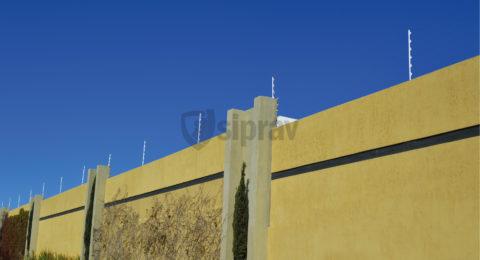 Cerco Eléctrico Barreras con Electricidad sobre muro.