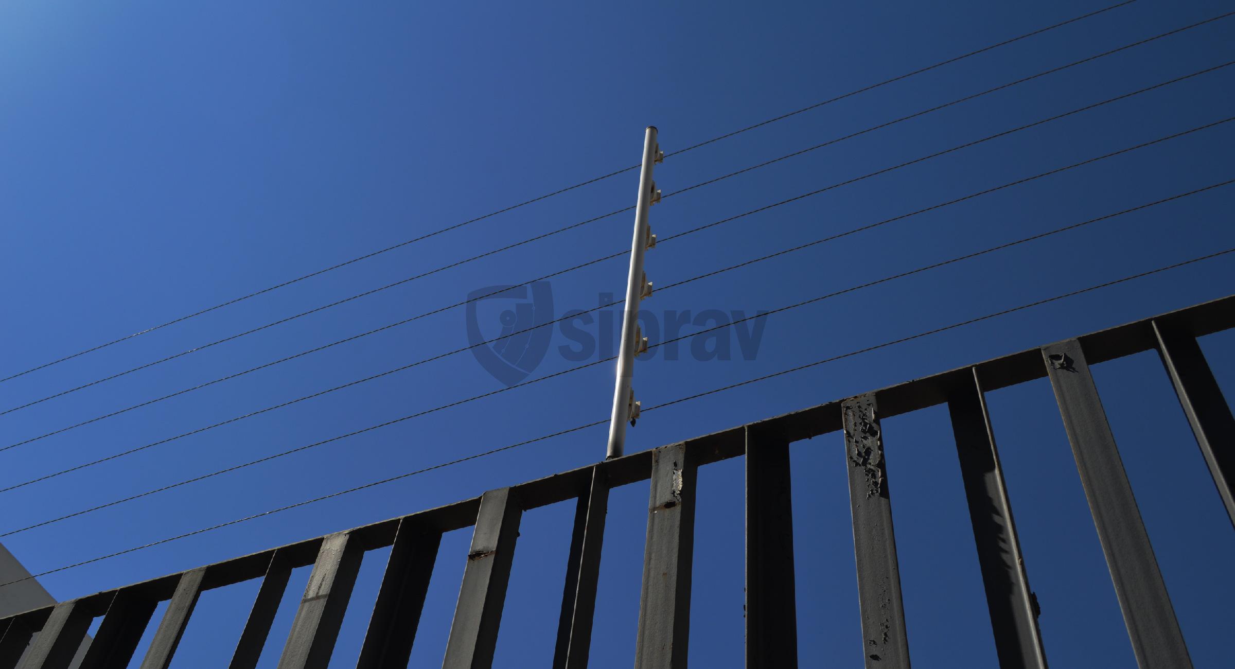 Cercas Eléctricas Protección Eléctrica con energizador, alarma y sirena.