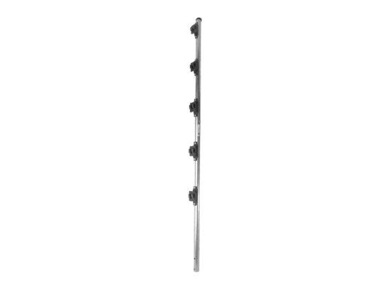 Poste de paso Fabricado en tubo de acero galvanizado con 5 aisladores de paso